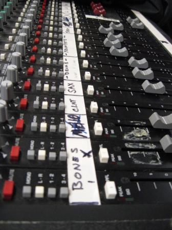 controlroom-008